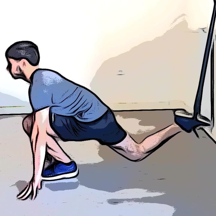 Étirement des quadriceps avec TRX pied dans la sangle