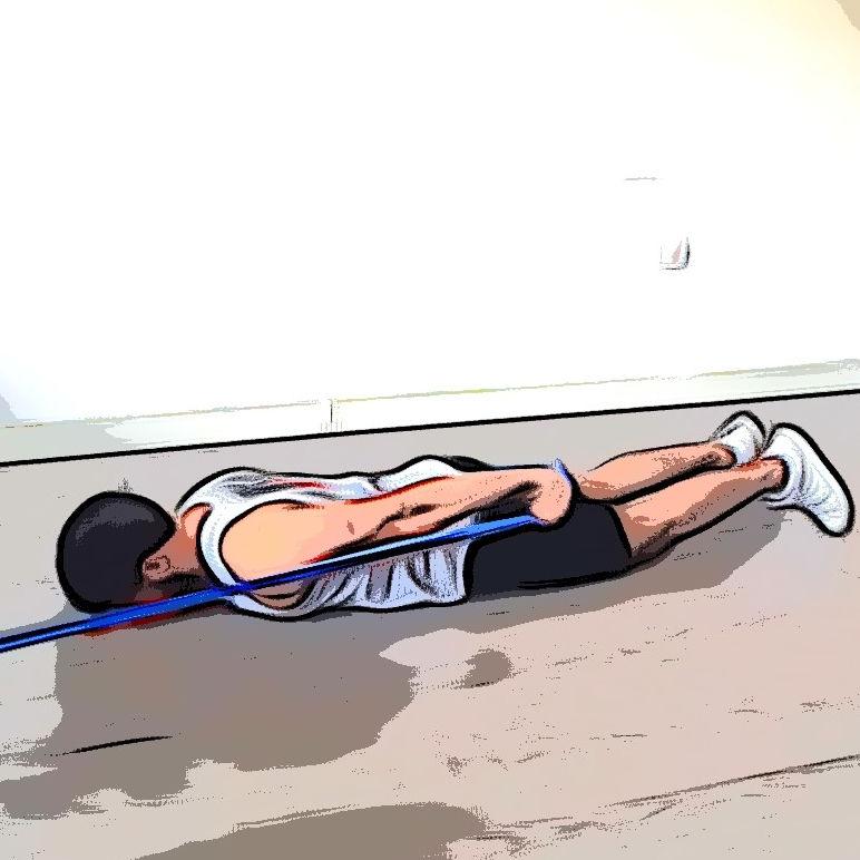 Extension triceps allongé avec élastique - Etape 2