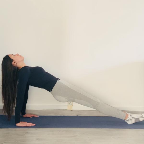 La planche inversée ou Purvottanāsana - Yoga - Etape 2