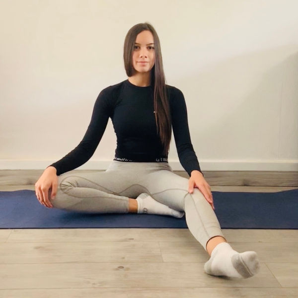 La posture parfaite ou Siddhāsana - Yoga - Etape 1