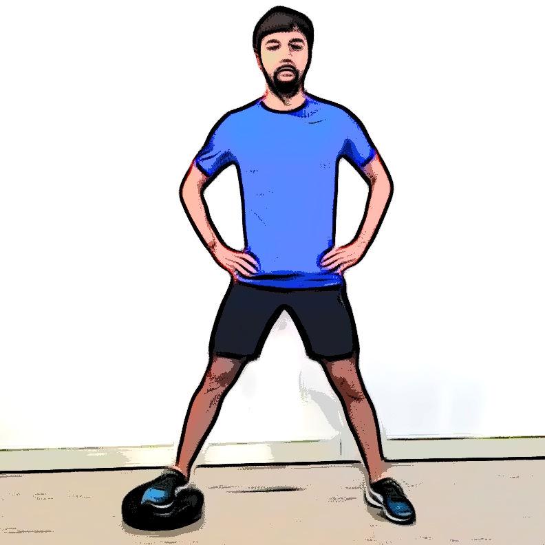 Squat sumo avec un coussin d'équilibre - Etape 3