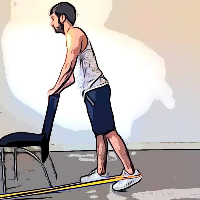 Extension de la hanche en position debout avec élastique - Etape 3