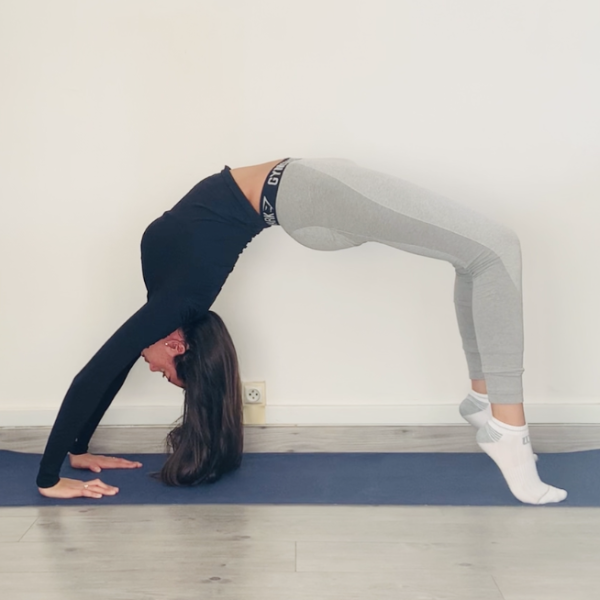 Miniature La posture du pont ou Chakrāsana - Yoga